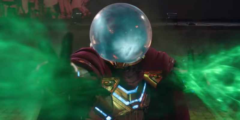 Jake-Gyllenhaal-as-Mysterio-in-Spider-Man-Far-From-Home